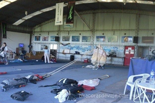 Los hangares del aeródromo de Lobos