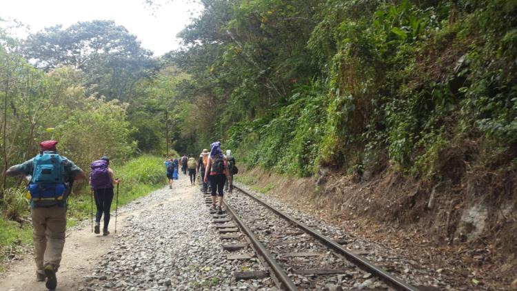vias_del_tren_aguas_calientes